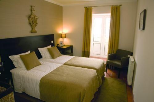 Albergaria boutique hotel o po jo for Small hotel room