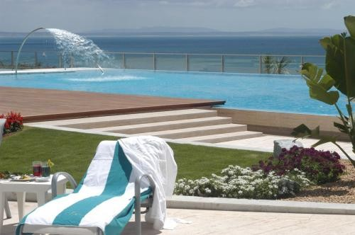 With Fantastic Views Of Cascais Bay And The Ocean An Exclusive 5 Star Hotel Offering Some Best In Luxury Accommodation Food A Zensations Spa